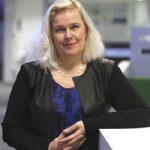 LAURA CUMMING, Mira Schendel. Un articolo per la mostra al Tate Modern di Londra (note, immagini e traduzione dall'inglese a cura di Giorgio Moio)